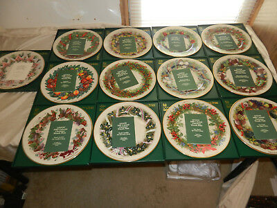 Complete Set of 13 Lenox Colonial Christmas Wreath Plates In Boxes 1983 - 1991