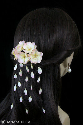 Cherry Blossom Resin Kanzashi Hair Comb with Falling Petals