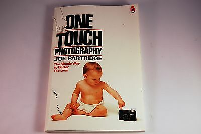 Nikon L35 Af One Touch Photography Guide Book By Joe Partridge 1984