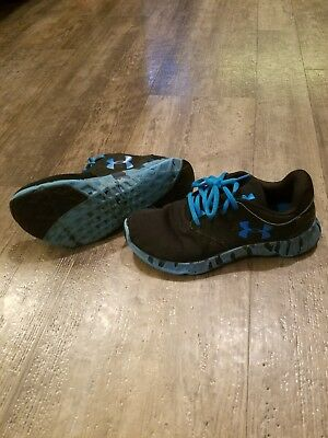 Under Armour shoes 4Y blue and black