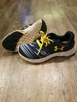 Under Armour shoes 4.5Y blue and yellow