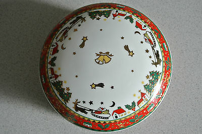 Round Christmas Box with Lid