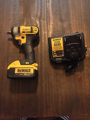 "Dewalt DCF883 Impact Wrench 3/8"" Drive 20v Cordless Lithium with battery+charger"
