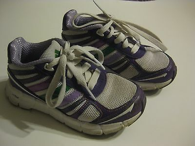 (1) Pair Girl's Adidas Adifast Shoes - Size 11K - Purple & White