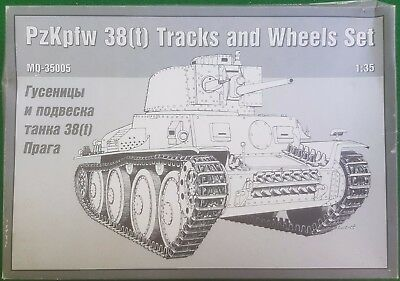 Maquette 1/35th Scale Pzkpfw 38(t) Tracks And Wheel Set - Used