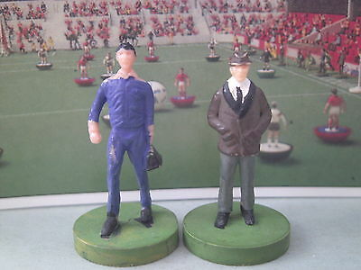 Subbuteo Manager And Trainer/physio Set **vgc**
