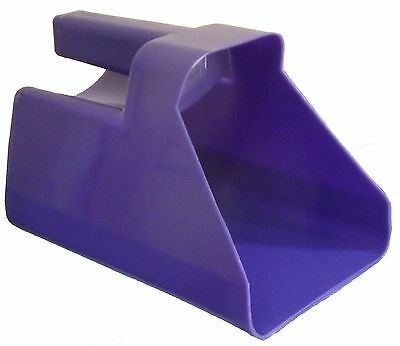 A SET OF 4 HORSE FEED SCOOPS ~ 1.5 Litre ~ Pink Purple Blue