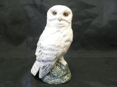 ROYAL DOULTON  Whisky Flask, Snowy Owl  Whyte and Mackay Empty 16 cm tall