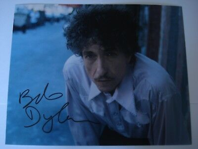 Bob  Dylan  Hand-Signed  Autograph Photograph With C.o.a.
