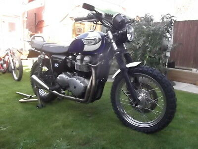 Triumph Bonneville Scrambler Conversion, needs a little TLC, great project.