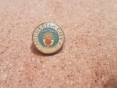 Manchester  City   F c  - Old  Football  Pin  Badge -