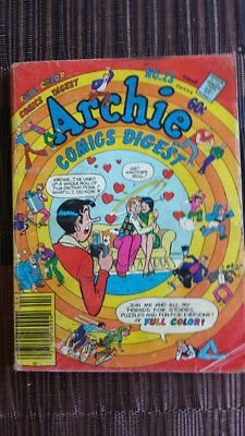 ARCHIE COMICS DIGEST #23 BETTY AND VERONICA 1977 in full color!