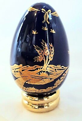 Limoges Egg from FRANKLIN MINT Collector's Treasury of EGGS w/Stand