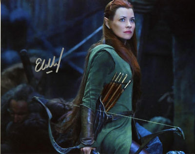 Evangeline Lilly THE HOBBIT In Person Signed Photo  UACC