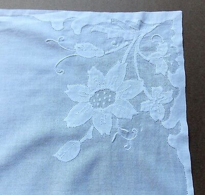Vintage 1970s White Cotton Lawn Applique Work Women's Handkerchief