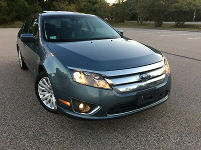 2011 Ford Fusion Hybrid 2011 Ford Fusion 4CYLINDER Hybrid  Fully Loaded Super Clean