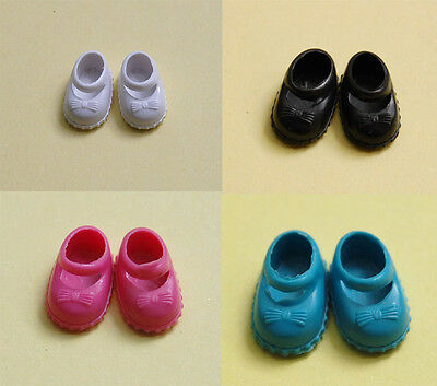 A set of 60 Pairs Shoes For Kelly Doll -- 4 color #