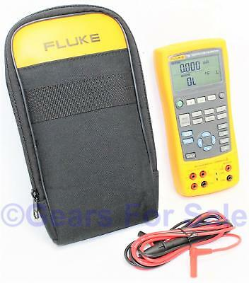 FLUKE 724 TEMPERATURE CALIBRATOR METER TESTER with test leads and soft case
