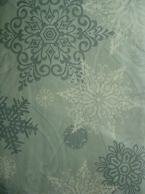 Assorted Sizes Holiday SNOWFLAKE Vinyl / Flannel Back Tablecloths Gray Elrene
