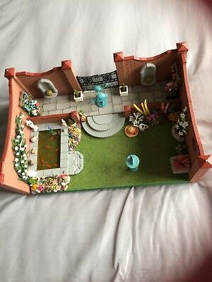 1/12th Scale Dolls House Garden