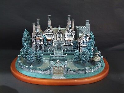 "Danbury Mint  Collection ""ENGLISH MANOR HOUSE"""