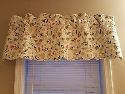 Longaberger botanical fields valance (quilted)