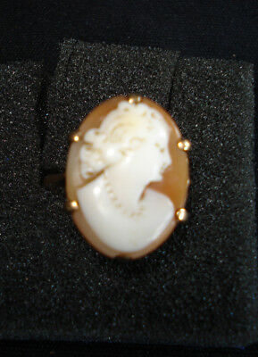 cameo ring,9ct size Q