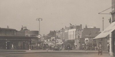 Southgate underground station, & Roundabout, Barnet & Enfield, RPPC , 1950's