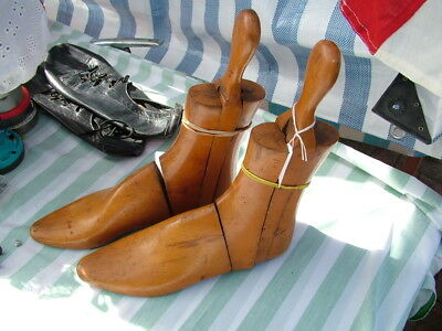 Vintage Articulated Boot Trees. ?Womens, size 7. Pair Left and Right.