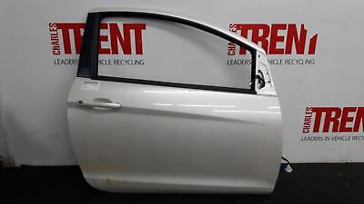 2014 FORD KA 3 Door Hatchback White O/S Drivers Right Front Door (Tag 458492)