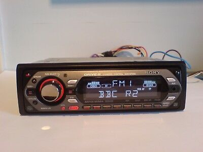 Sony Cdx-Gt300 Car Stereo Radio Mp3 Wma Aux Cd Player