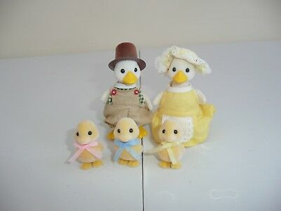 sylvanian families Mr & Mrs Puddleford Duck family