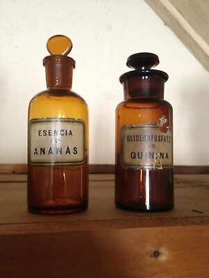 Antique Vintage Apothecary Amber Brown Bottles South America Quinina  W.T.CO