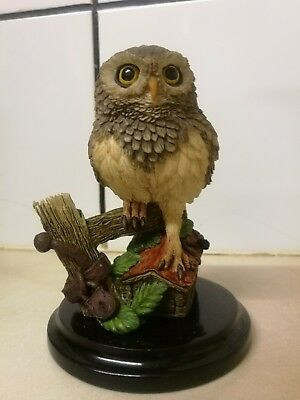 Country Artists Figurine : Little Owl , Post Box
