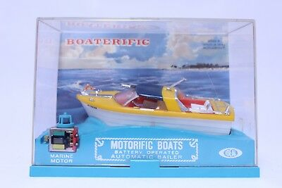 Vintage Ideal Motorific Boaterific Whirl-A-Way Runabout Boat W/ Case