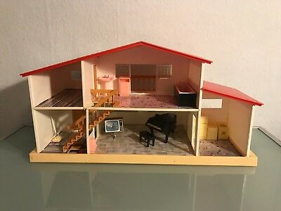 Blue Box Plastic Dolls house vintage retro made in Hong Kong + Furniture 1980