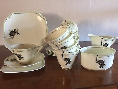 Royal Doulton Safran 25 Piece Tea Set.