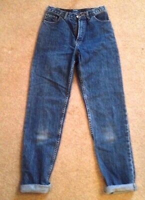 29/32 Women's Levi's High waist heavy duty Jeans. size 10-12