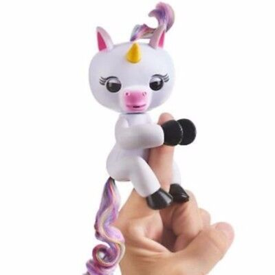 Fingerlings Interactive Mini Unicorn Child Baby Exclusive Wowwee Rare Toys Gift