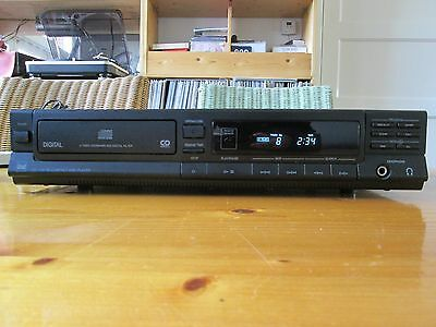 DUAL cd player CD1130RC 220-230V/50hz (made by the legendary turntable brand)