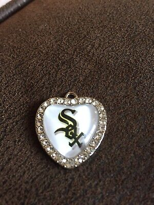 CHICAGO WHITE SOX Heart Shaped Pendant For Necklace Crystals MLB Baseball