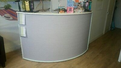 beauty reception desk