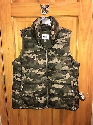 Womens Old Navy Camo puff vest size XL