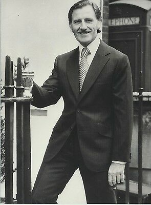 Graham Hill Press Photograph. Published one month before he died. Formula One.