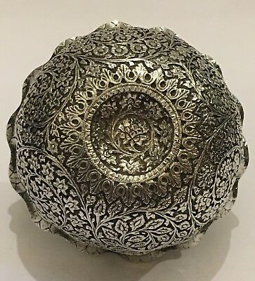 Superb Quality Antique Chased Islamic Indian Kashmir Solid Silver Bowl