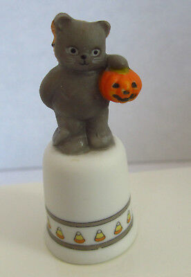 Vintage Lucy Rigg (Lucy & Me) Halloween Bear in Cat Costume Thimble 1987