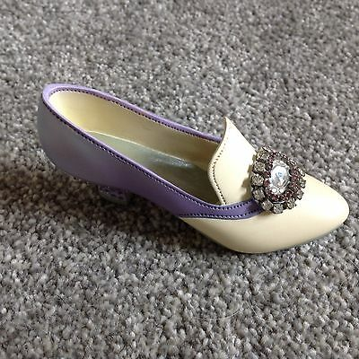 Just The Right Shoe, Jewelled Heal Pump.