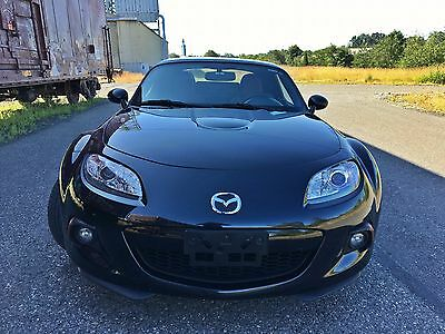 2014 Mazda MX-5 Miata Grand Touring Convertible 2-Door 2014 Mazda MX-5 Miata Grand Touring Convertible 2-Door 2.0L PRHT