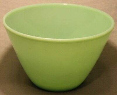 Vintage Jadeite Fire King Glass Nesting Mixing Bowl Large Very Nice +