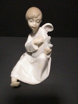 "Nao by Lladro Spain Young Boy Angel with Harp Figurine Porcelain 2.5"" x 4"" x 3.5"